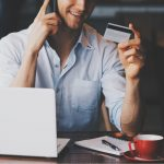 photo of customer providing credit card informaiton over the phone